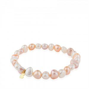 8a2b0c92d379 Una pulsera discreta pero con el toque Tous imprescindible para combinar  con todos tus look. Esta pulsera de perlas cultivadas en agua dulce ...