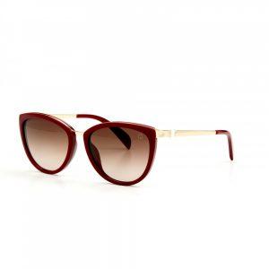 5f979b5e22 Estas gafas triunfan porque son un punto medio entre las gafas divas que  protagonizan tu look y las simples gafas de sol que pasan desapercibidas.